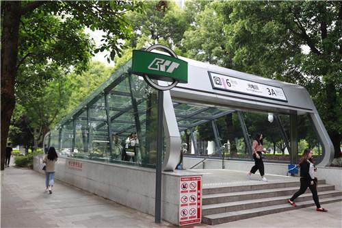 城市提升行动 轨道交通持续发力